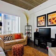 客厅简约风格沙发装饰