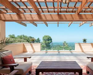 别墅美式简约风格阳台装修效果图