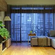 小户型简约客厅窗户装饰