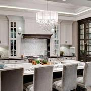 欧式奢华风格厨房吊顶装饰