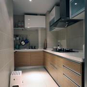 厨房原木色橱柜装饰