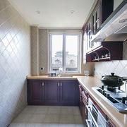 白色简约厨房橱柜