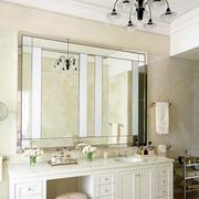卫生间大型镜饰装饰