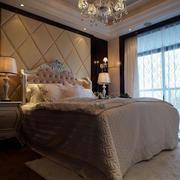 新房欧式软包卧室背景墙装饰