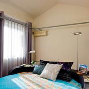 公寓卧室窗户装饰
