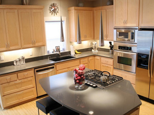 复式楼日式简约风格整体厨房装修效果图
