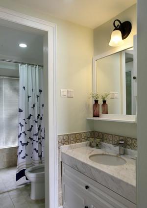 复式楼简欧风格小型卫生间装修效果图