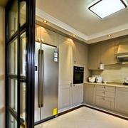 欧式风格复式楼厨房推拉门装饰