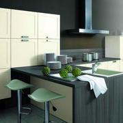 韩式清新整体式厨房橱柜装修效果图