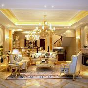 金碧辉煌复式楼欧式客厅沙发装修效果图