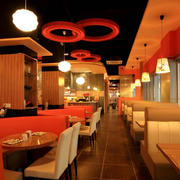 现代都市饭店餐桌椅装修效果图