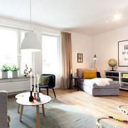 北欧简约小户型客厅窗户装饰