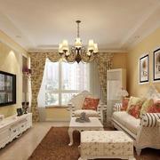 淡色调客厅吊顶图片