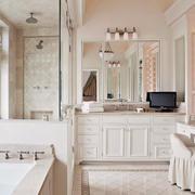 欧式建筑小别墅内敛奢华卫生间装修效果图