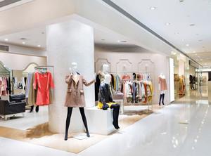 明亮40平米小女服装店装修效果图