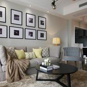 复式楼沙发照片墙装饰