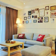 暖色系简约照片墙装饰