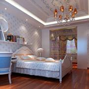 现代两室一厅卧室彩色塑料门帘图片