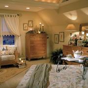 美式阁楼卧室飘窗装饰