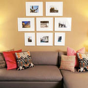现代简约风格沙发照片墙装饰
