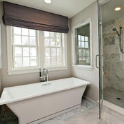 公寓简约风格卫生间浴缸装饰