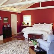 美式阁楼卧室原木吊顶装饰