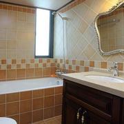 美式别墅卫生间浴缸装饰