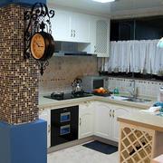 地中海小公寓半开放式小厨房装修设计图