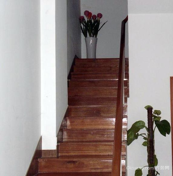 120平米深色调室内楼梯设计效果图
