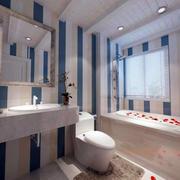 两房一厅卫生间图片