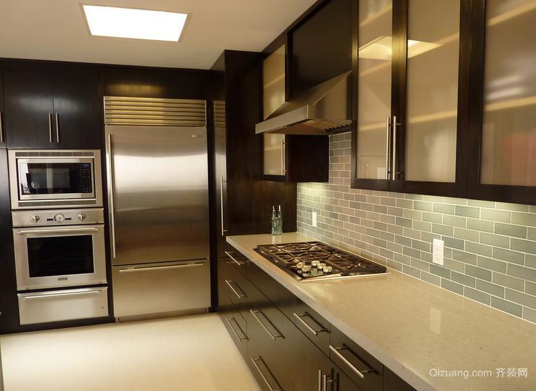 90平米大户型欧式厨房不锈钢橱柜装修效果图