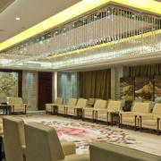 温馨浅色调会议室装修布置效果图