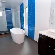复式楼温馨色调卫生间装修效果图