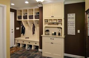 三居室自然风格鞋柜装修效果图片