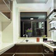 2016二居室暖色调厨房装修效果图