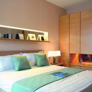 现代卧室设计整体图