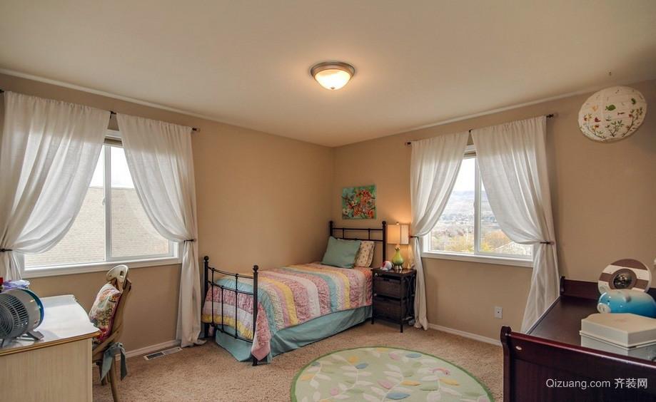 都市温馨复式楼卧室布艺窗帘效果图