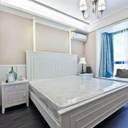 纯白色调卧室设计