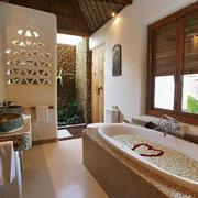 温馨卫生间浴缸欣赏