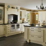 优雅开放式厨房厨柜欣赏