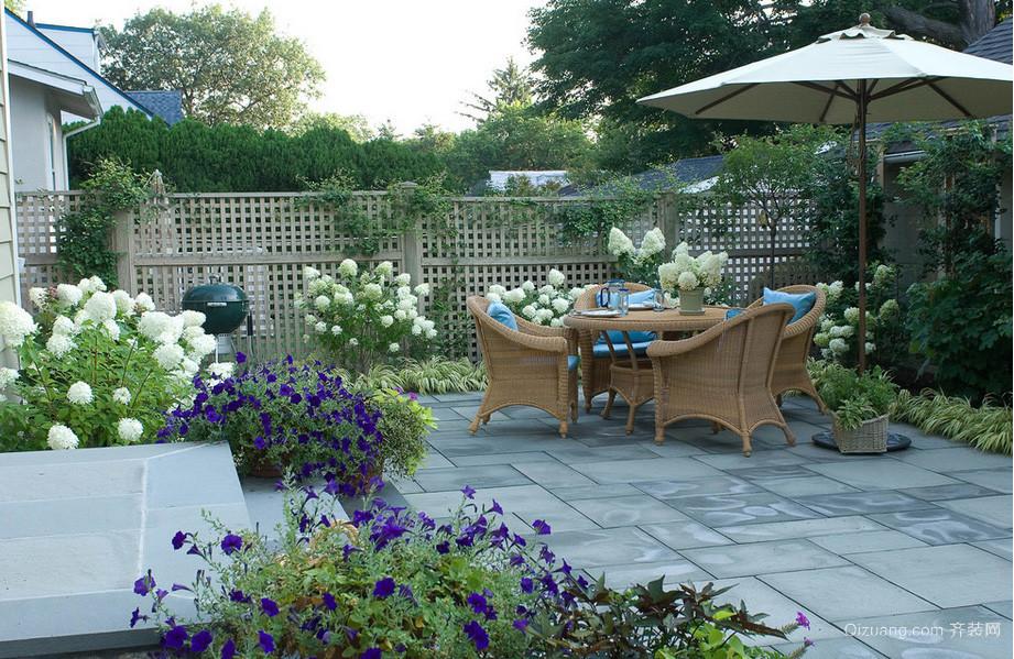 法式浪漫联排别墅阳台花园设计效果图