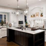 开放式厨房厨柜设计