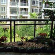 141平米三居室家庭小阳台花园设计效果图