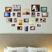2016温馨简约小卧室照片墙设计效果图