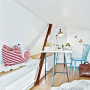 公寓开放式小书房