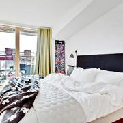 公寓卧室温暖大床