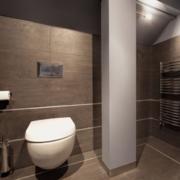 时尚的欧式别墅型卫生间装修效果图片
