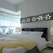 2016大户型简欧风格卧室床头背景墙装修效果图