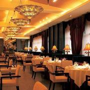 温馨餐厅吊灯展示