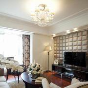 现代90平米家居软包电视背景墙图片